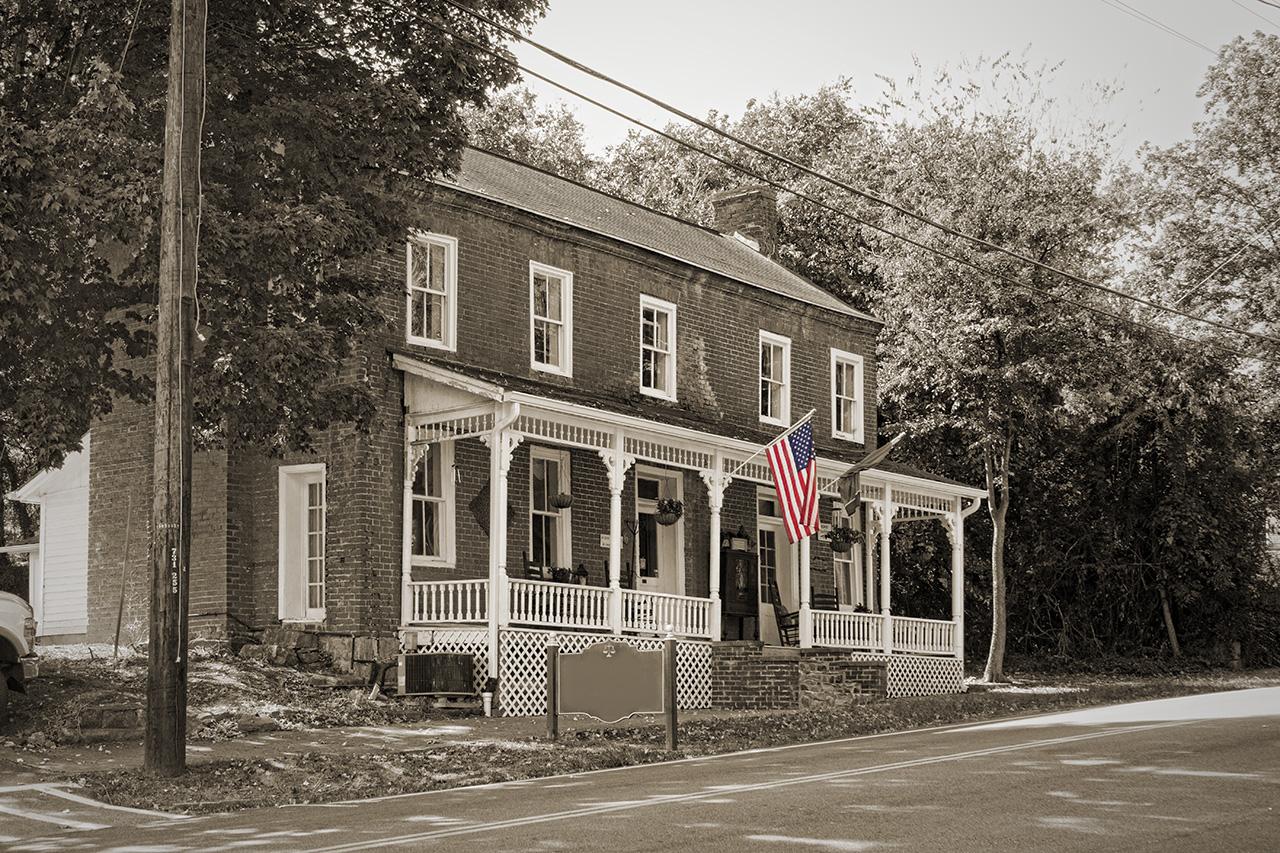 Americana in Black and White