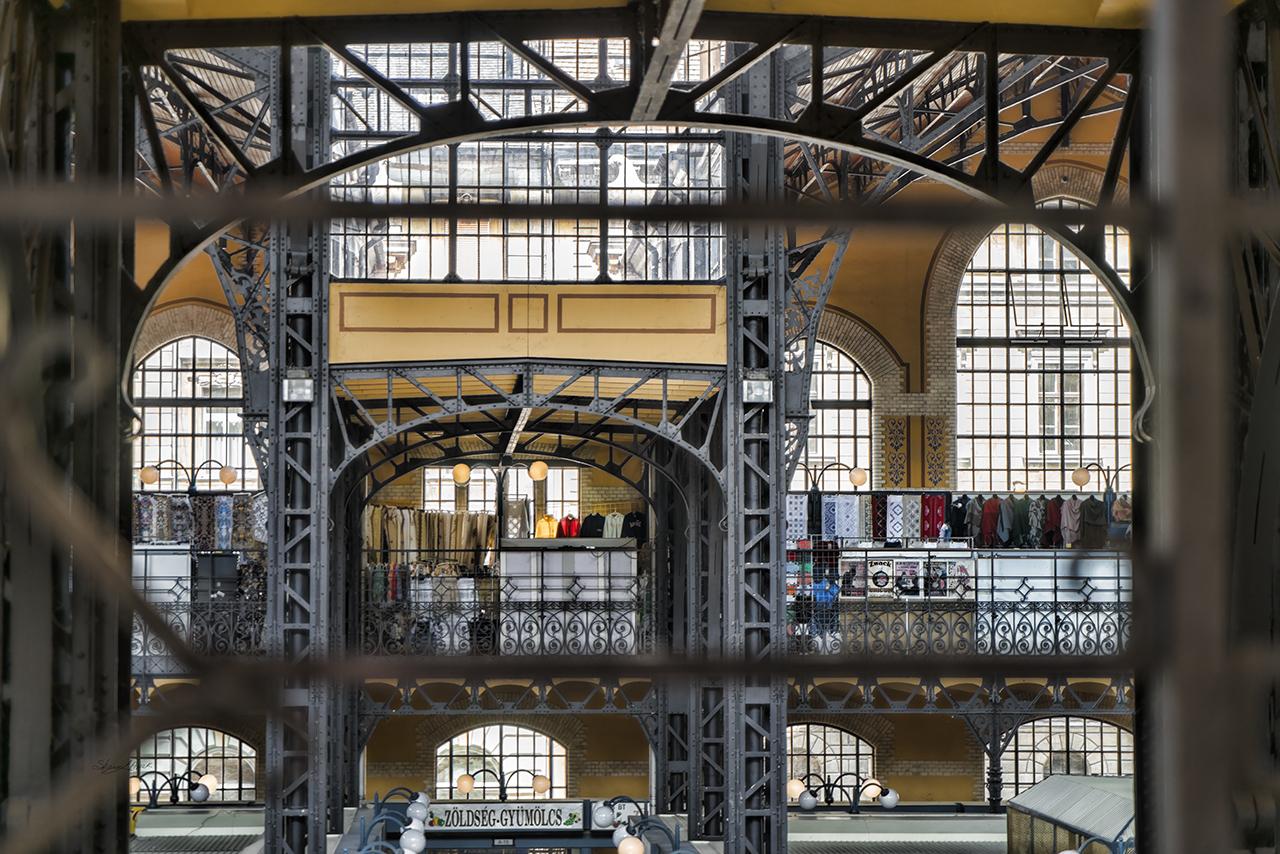 Market Windows and Bars